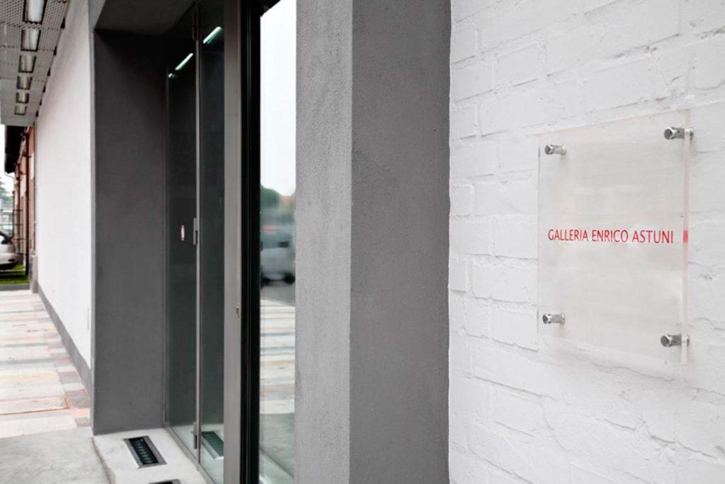 location-astuni-esterno-galleria-01